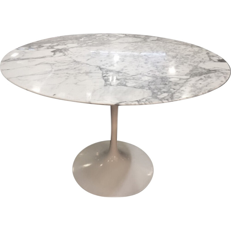 Dining table by Eero Saarinen for Knoll - 1960s