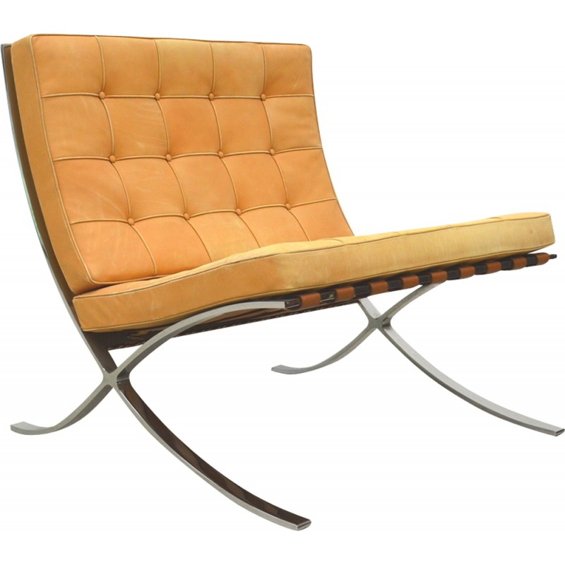 Charmant Pair Of Barcelona Chair By Knoll International, Natural Cognac   1970s