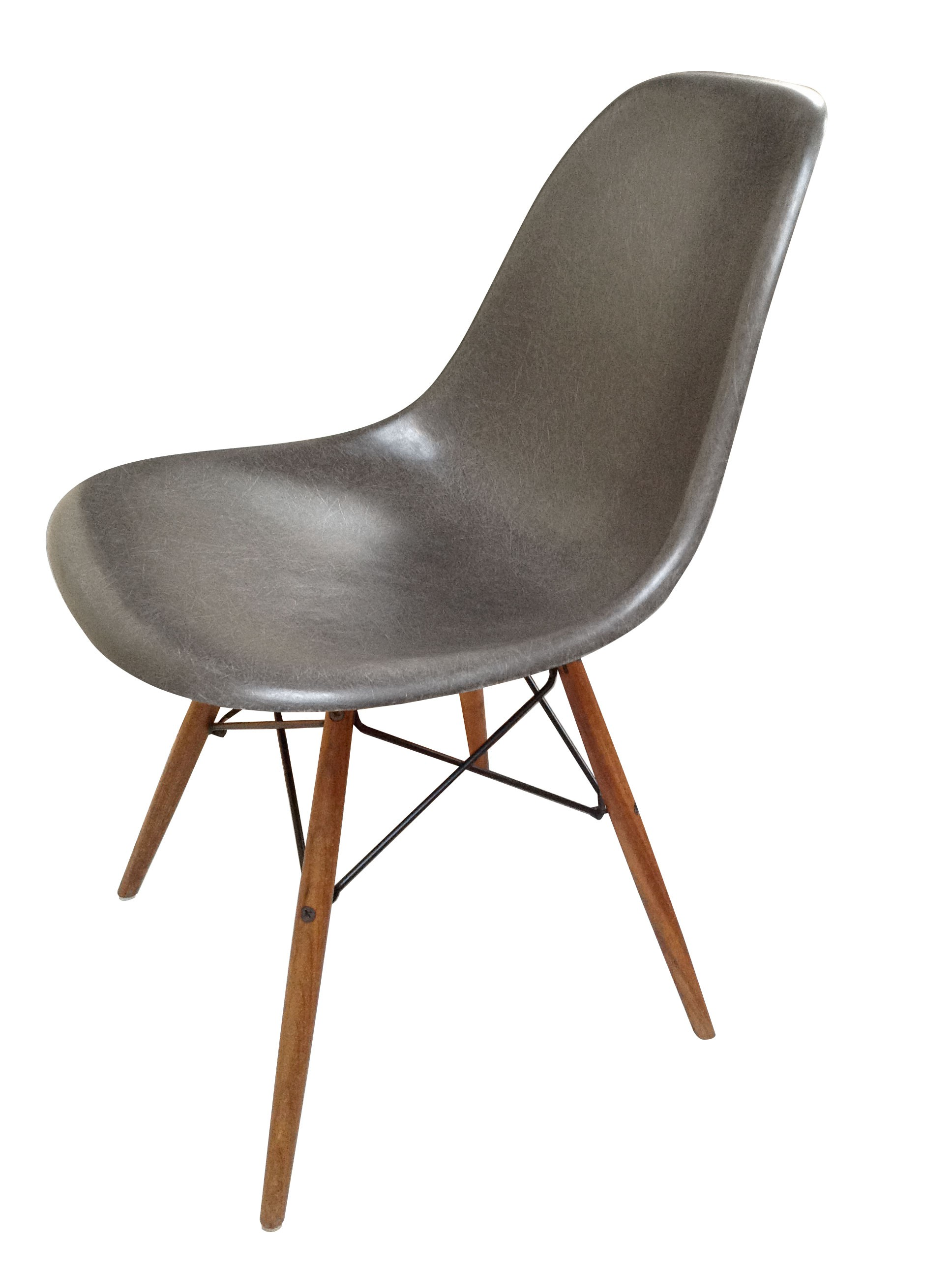Charles ray eames chaise lounge chair by charles ray for Chaise eames vitra dsw