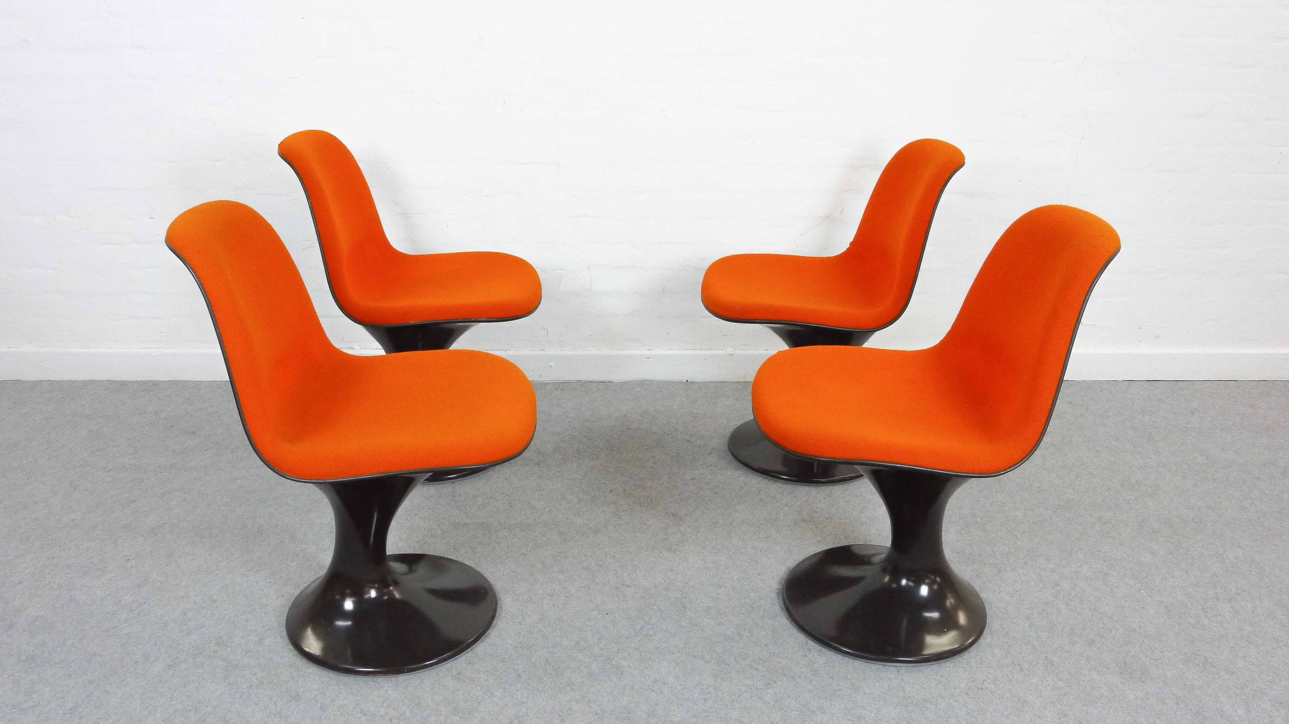 Space Age Furniture Set Of 4 Space Age Orbit Chairs By Herman Miller 1960s Design