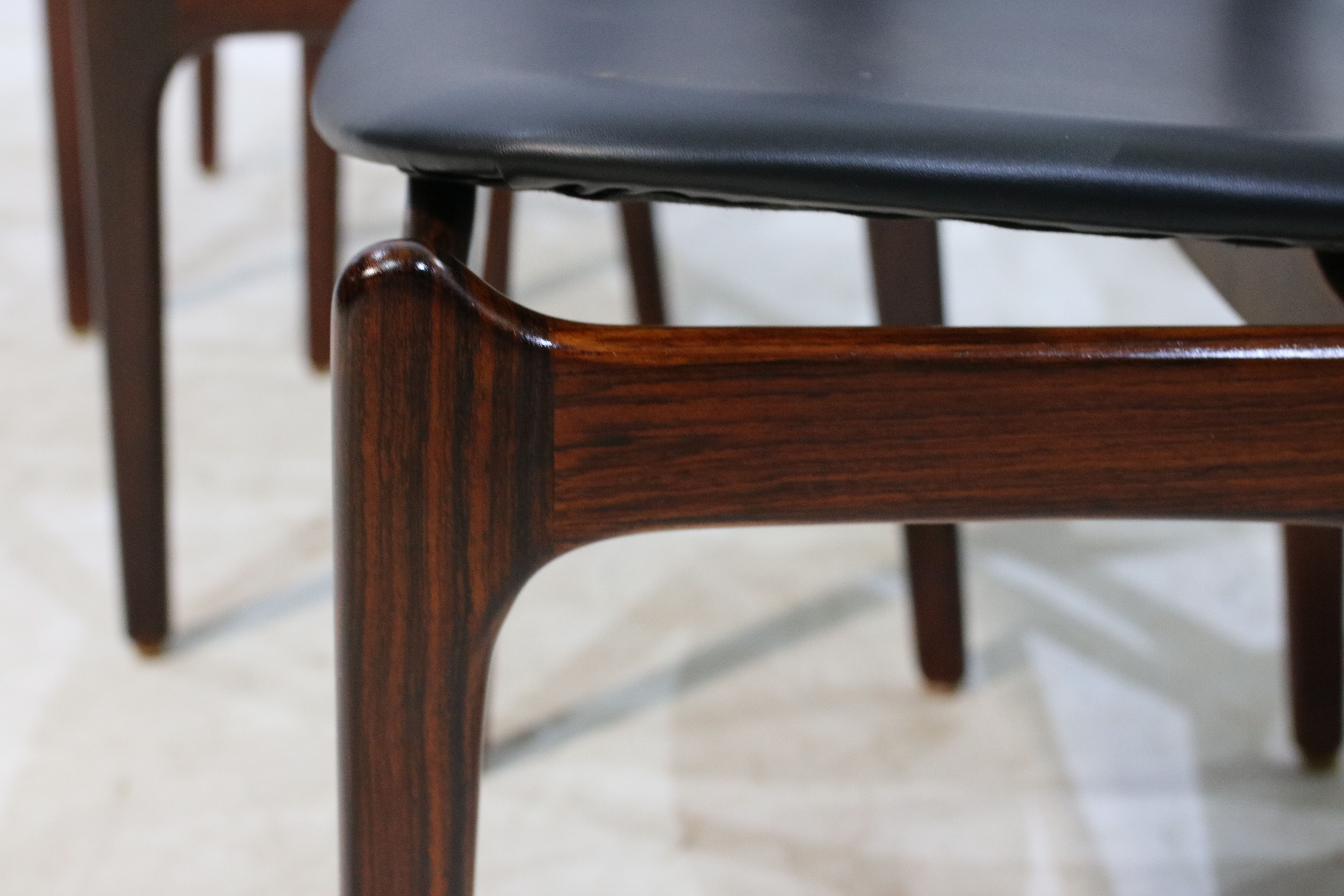 Set of 6 rosewood dining chairs by Erik Buch for Oddense