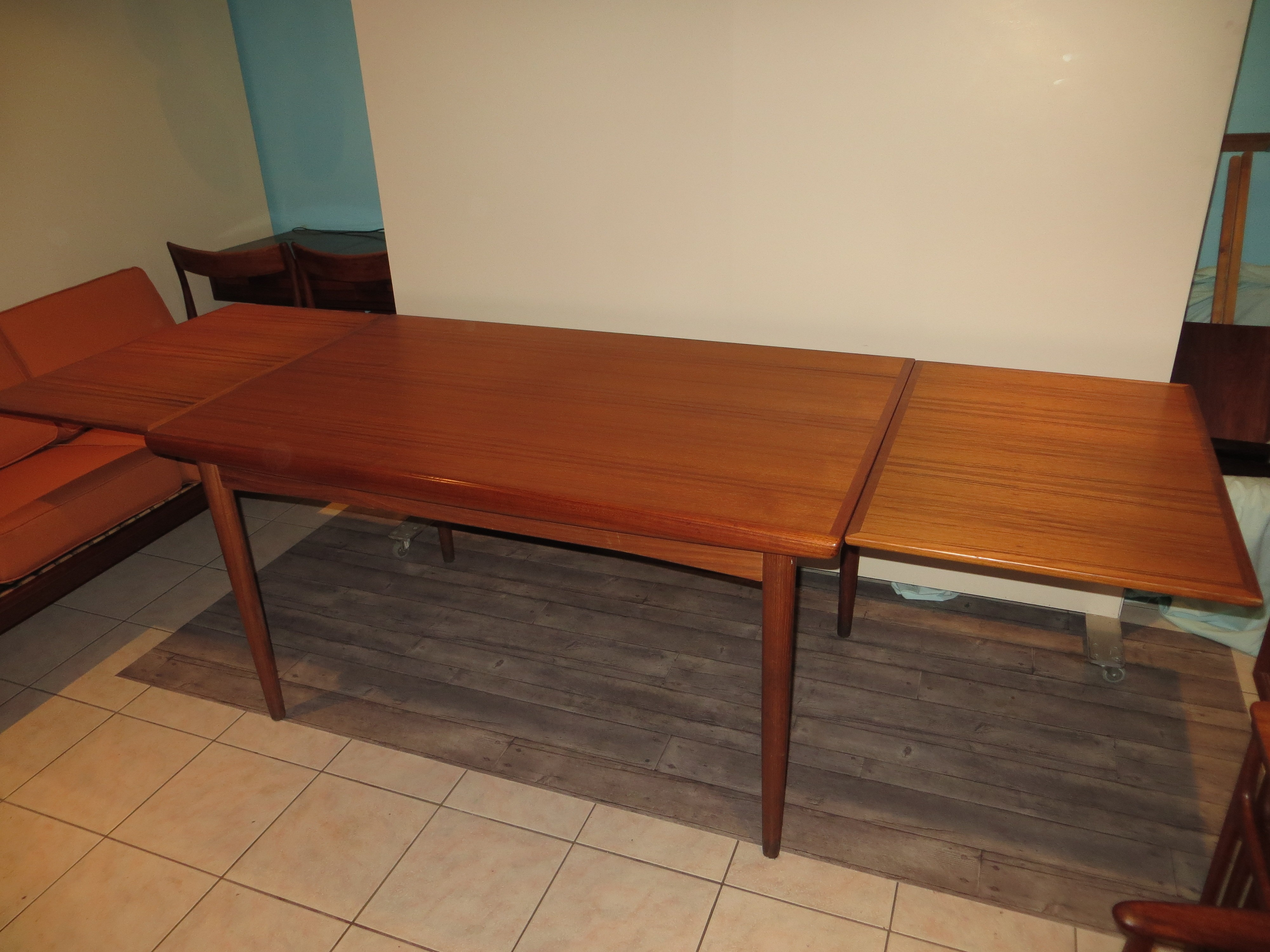 Extendable Danish Teak Dining Table By Dyrlund 1960s