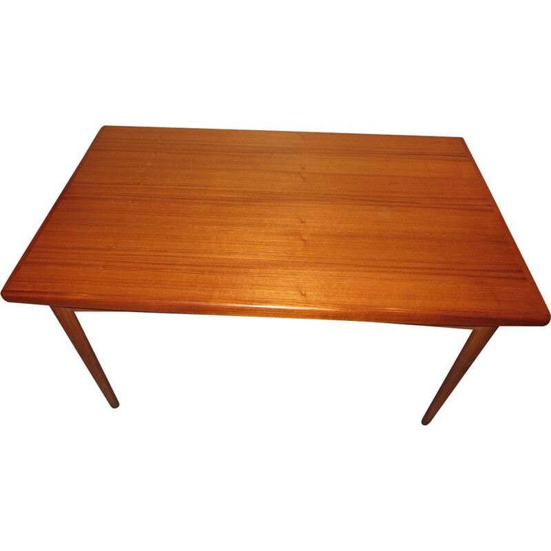 Extendable Danish teak dining table by Dyrlund - 1960s
