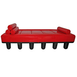 "Daybed ""Centopiedi"" in red leatherette, Antonio LOCATELLI & Pietro SALMOIRAGHI - 1970s"