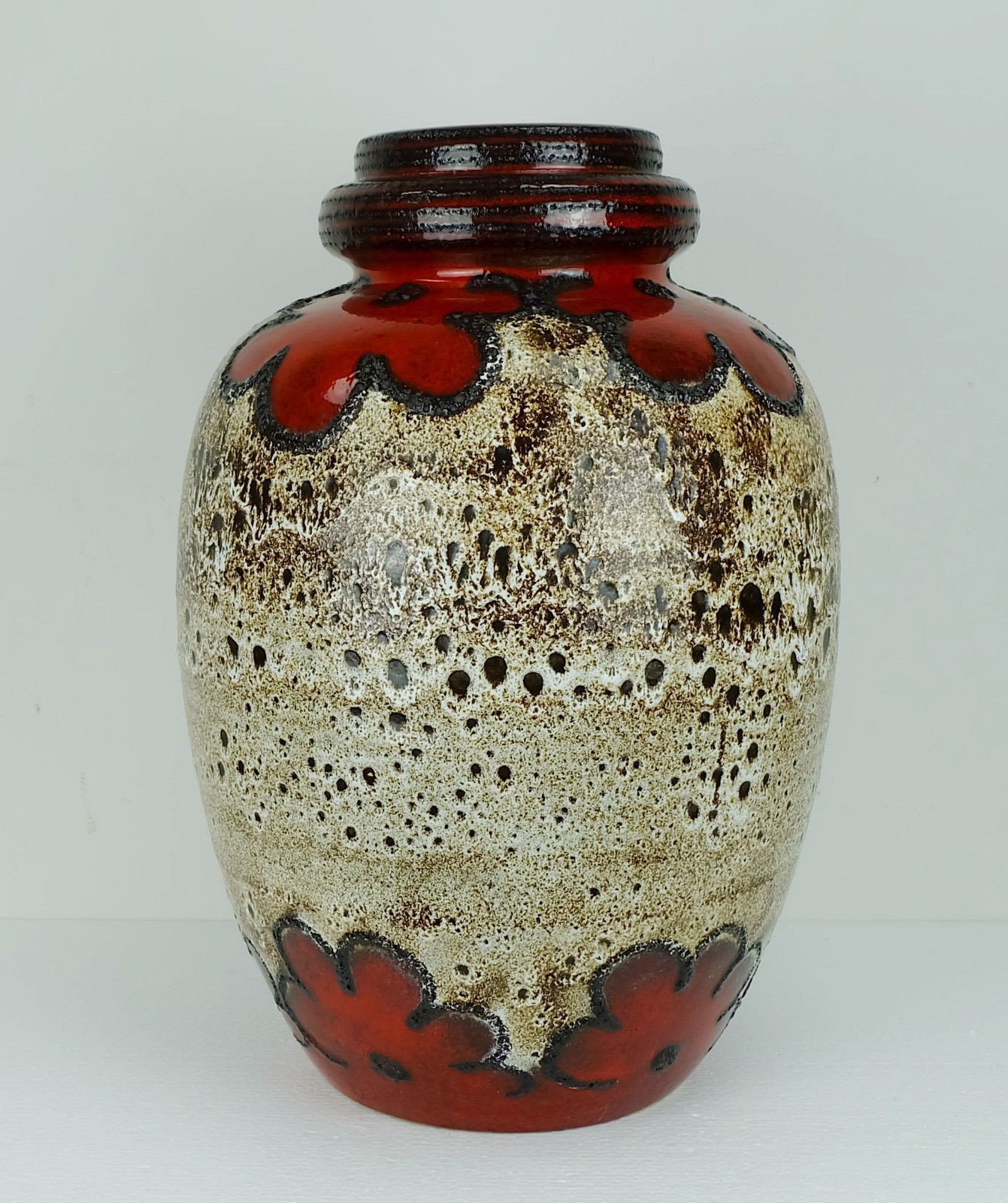 Vintage Design Furniture & Scheurich floor vase fat lava flowers decor - 1960s