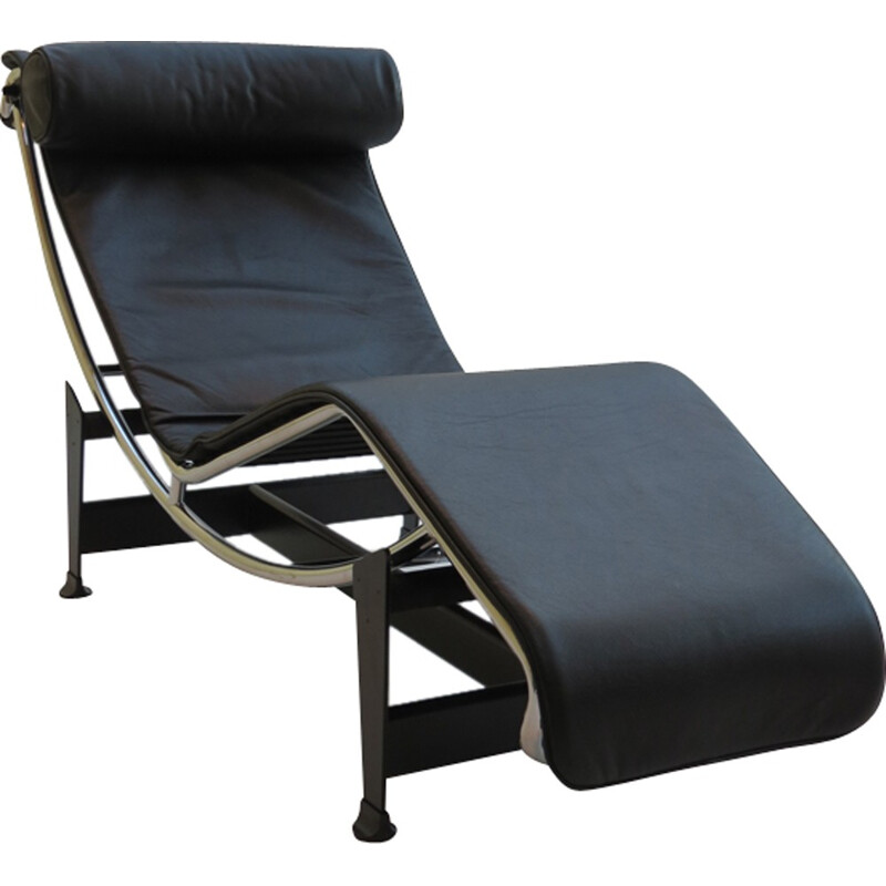 Mid century LC4 chaise Longue by Le Corbusier Perriand and Jeanneret for Cassina - 1990s