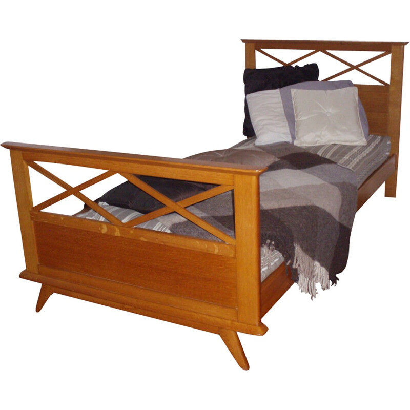 Mid-century oak bed with tapered legs- 1950s