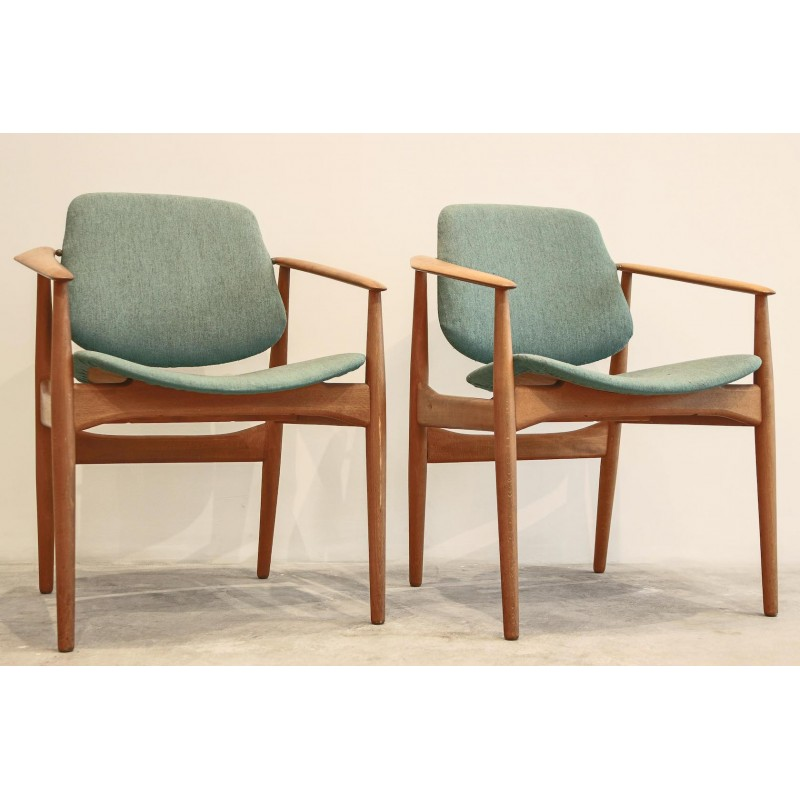 Pair Of Mid Century Wooden Armchair Wool Green Colored 1960s Design Market