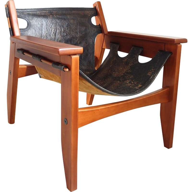 Black easy chair in leather and wood by Sergio Rodrigues produced by Oca - 1960s