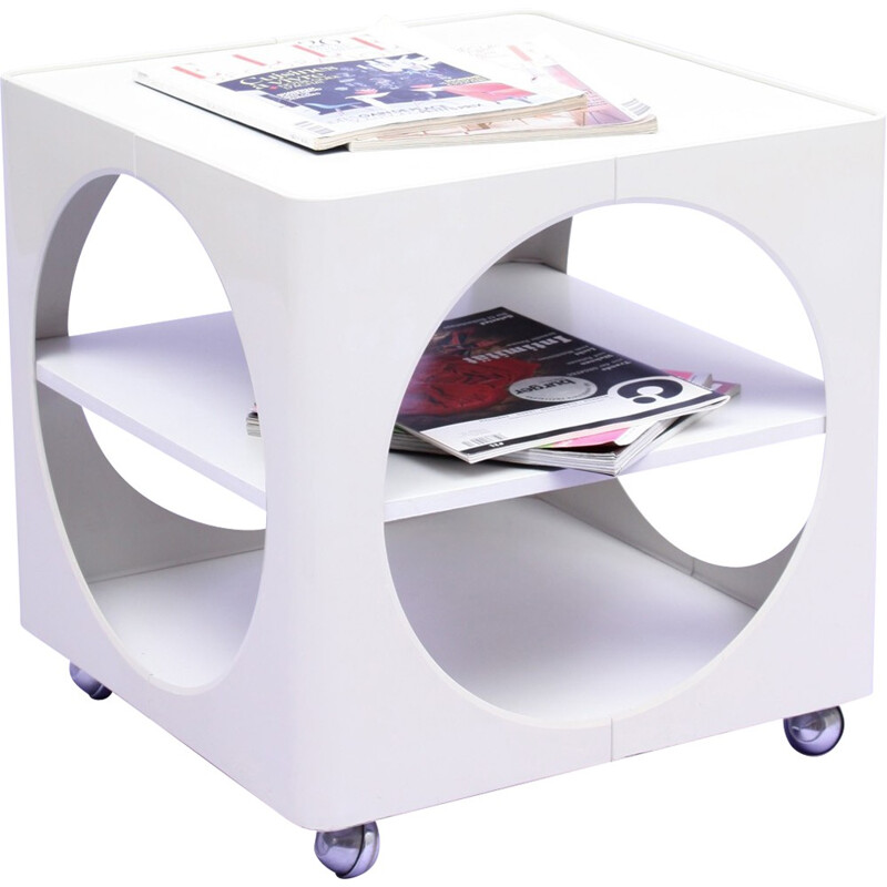 White cubical coffee table in plastics - 1970s