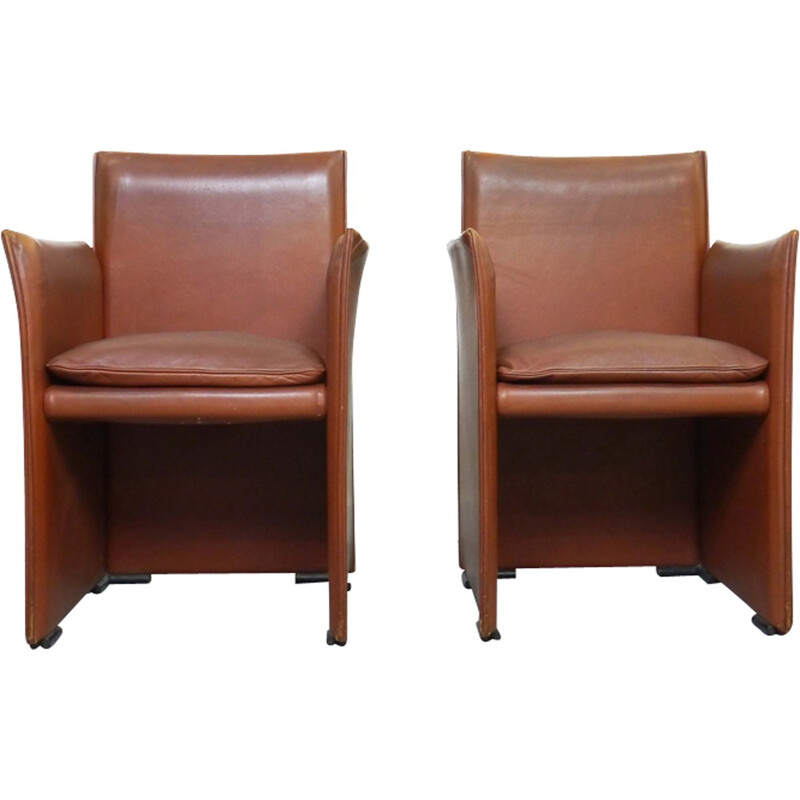 Pair of brown armchairs in leather by Mario Bellini for Cassina - 1970s