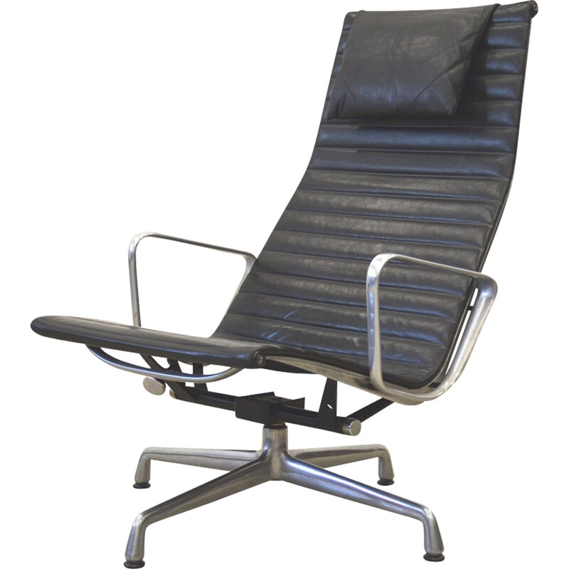 EA124 lounge armchair by Charles & Ray Eames for Herman Miller -1970s