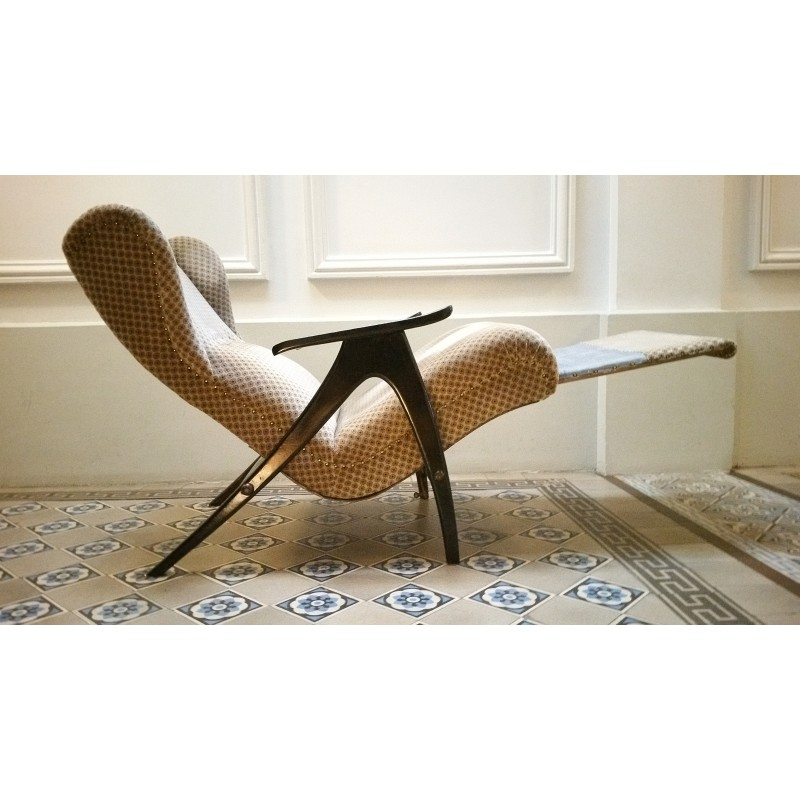 Relax Fauteuil Design.Wing Loung Chair With Relaxation System 1950 Design Market