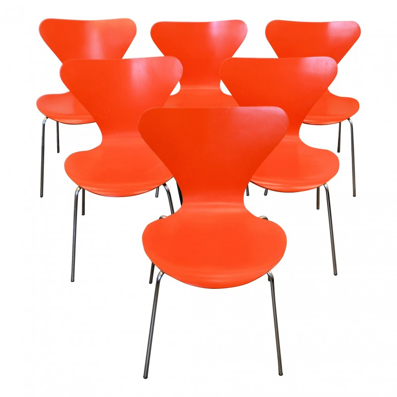 "Set of 6 ""Butterfly"" dining chairs model 3107 d'Arne Jacobsen pour Fritz Hansen - 1960s"