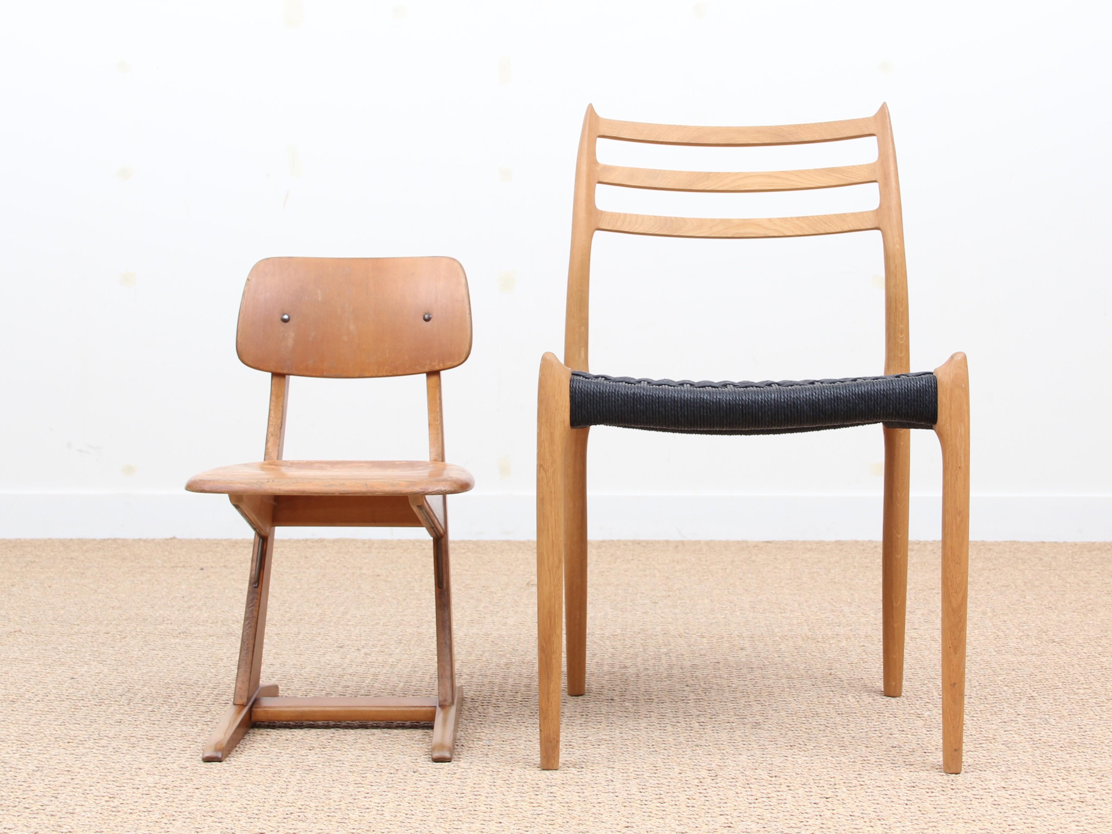 School chair made of beech 1960s Design Market