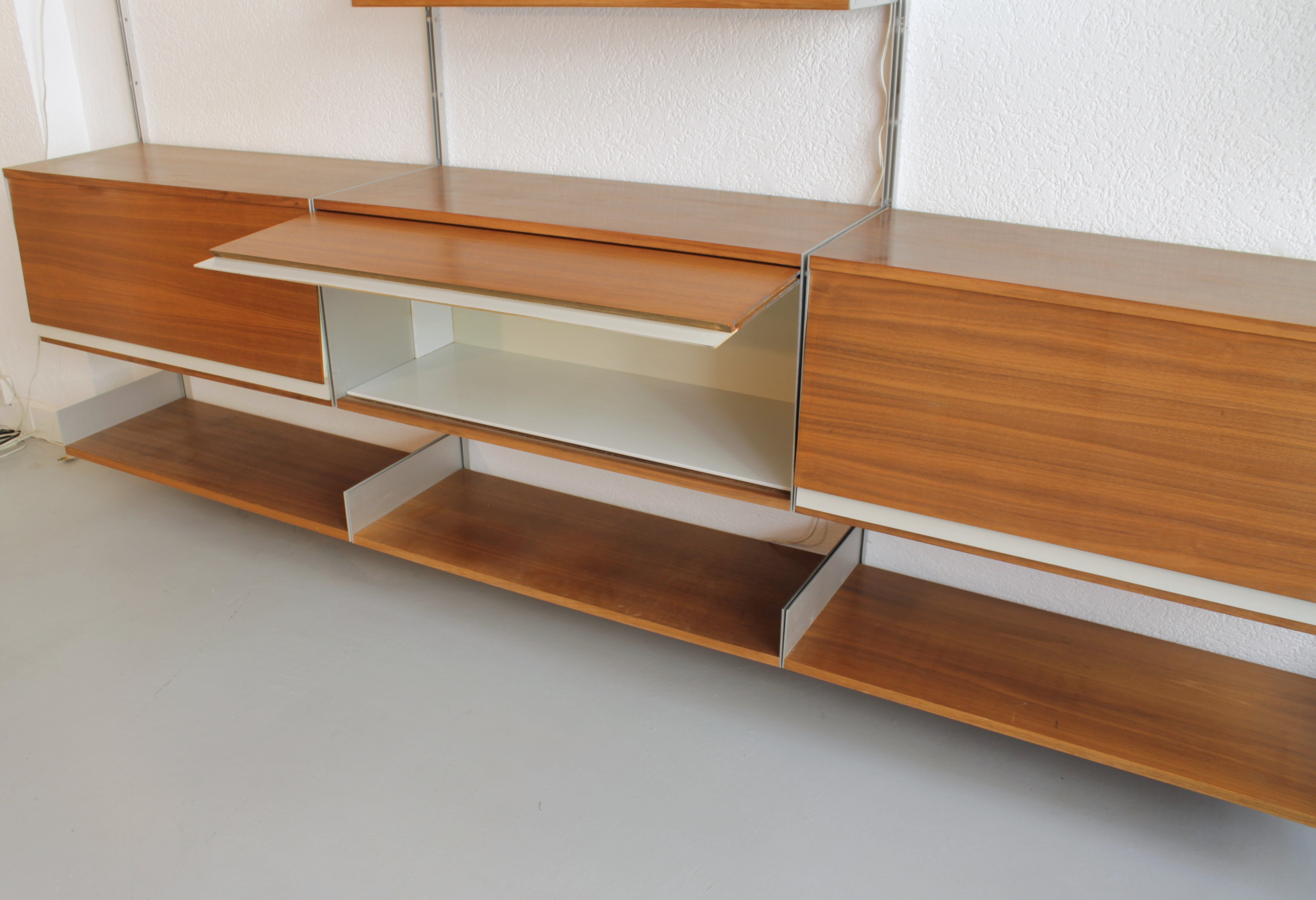 606 universal system by dieter rams 1960s previous next