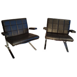 """Pair of """"Joker"""" low chairs, Olivier MOURGUE - 1970s"""