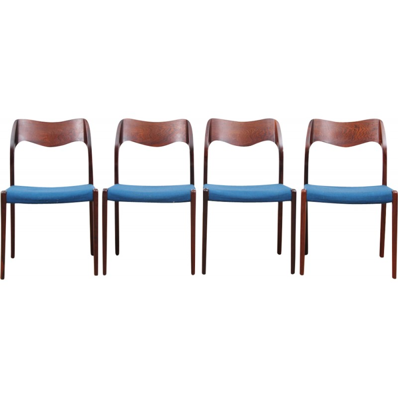Merveilleux Suite Of 4 Rio Rosewood Model 71 Chairs By Niels O. Moller   1950s