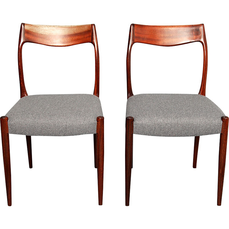 Pair of rosewood vintage chairs by Niels O. Moller - 1950s