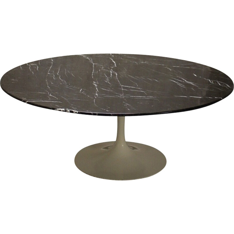 Coffee table tulip by Eero Saarinen for Knoll international - 1960s