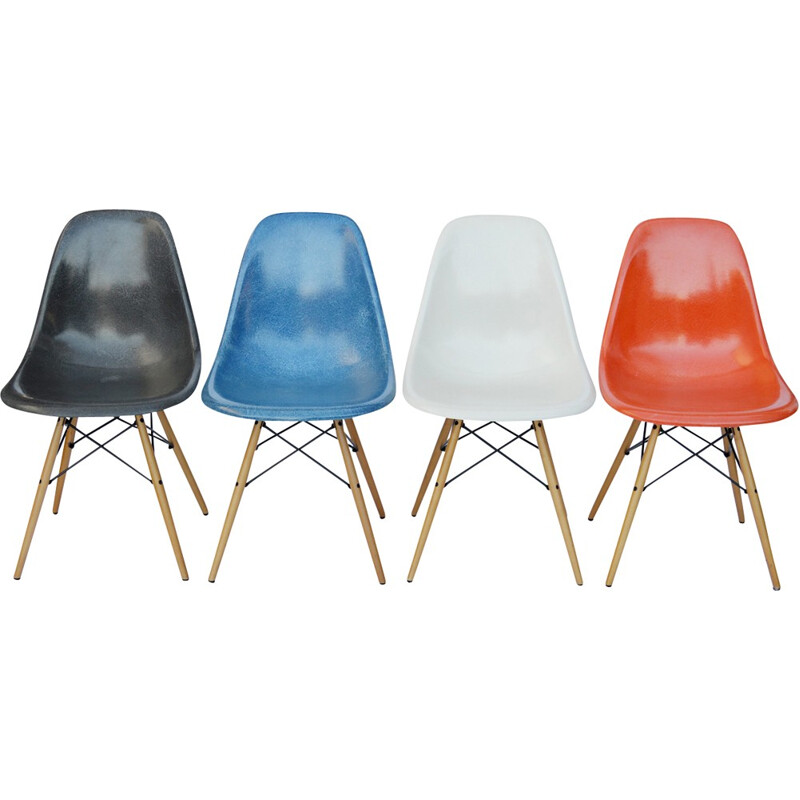 Set of 4 vintage DSW Chairs by Eames for Vitra - 1960s