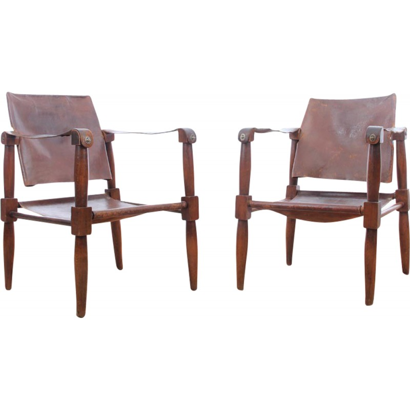Pair Of Vintage Leather And Beech Wood Safari Chairs 1940s