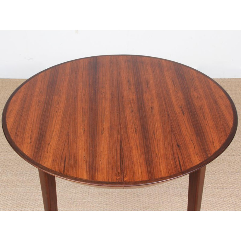 Round Scandinavian Dining Table Made Of Rio Rosewood With