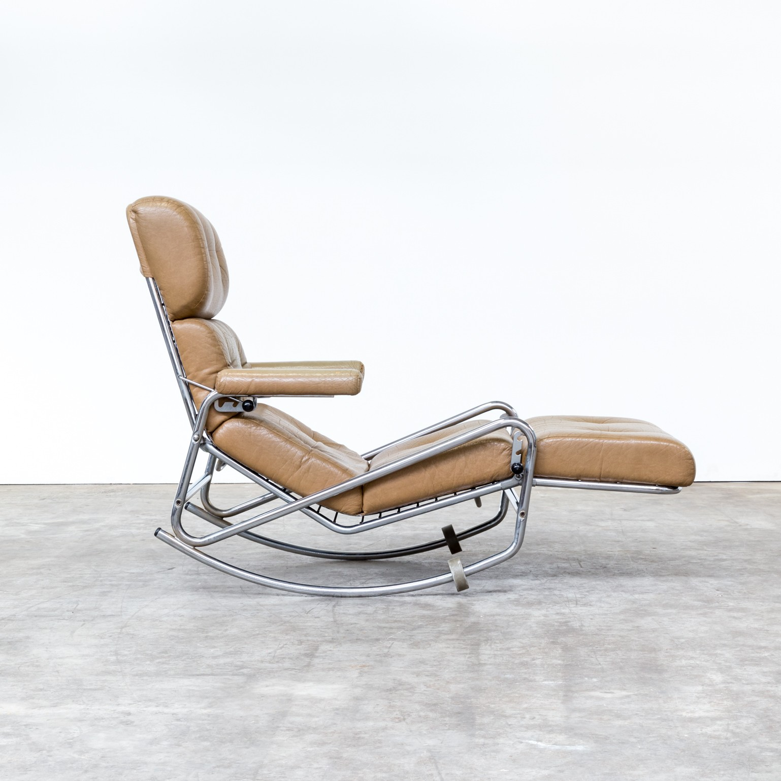 French lounge rocking chair for Lama 1960s Design Market