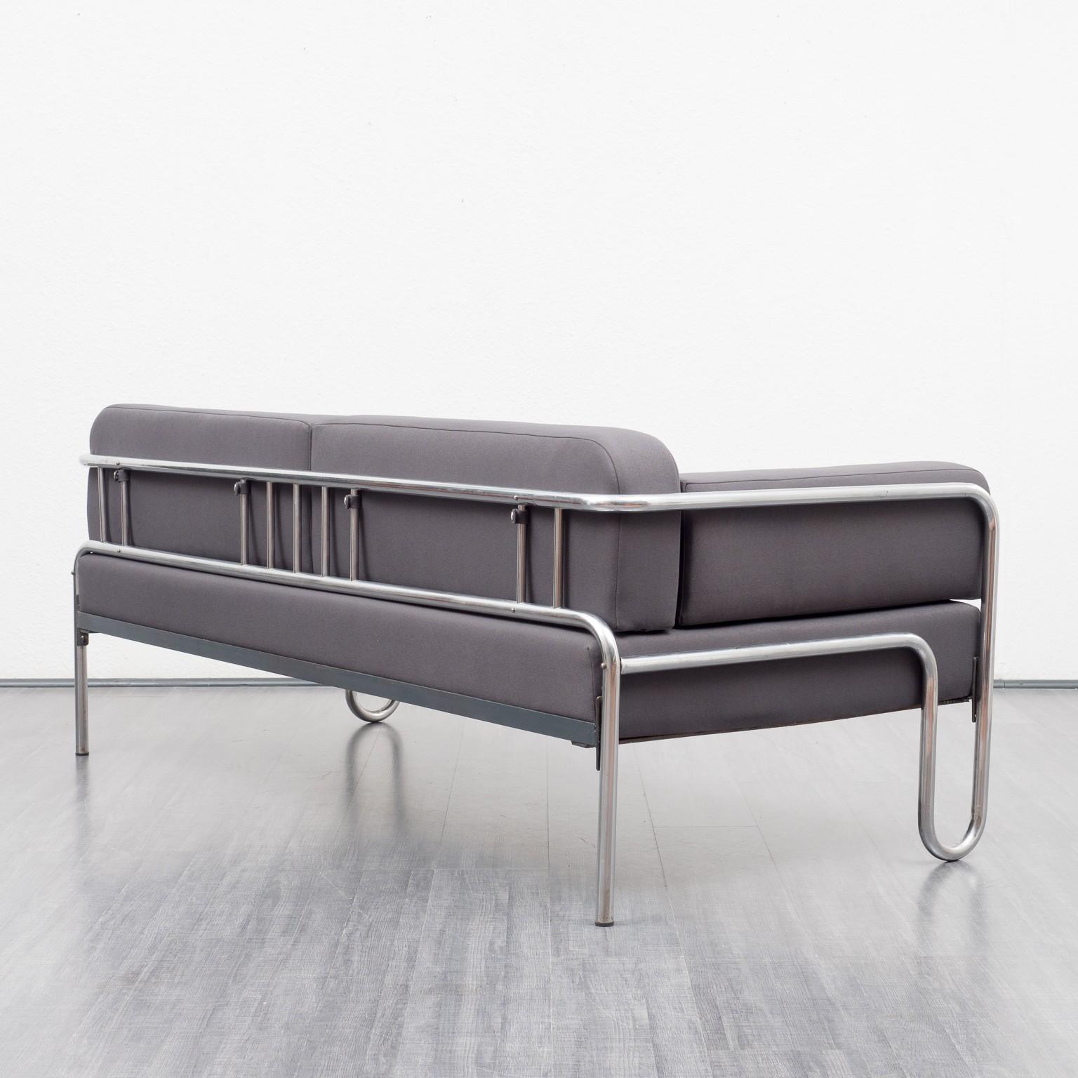 Bauhaus sofa vintage, new upholstery - 1930s - Design Market