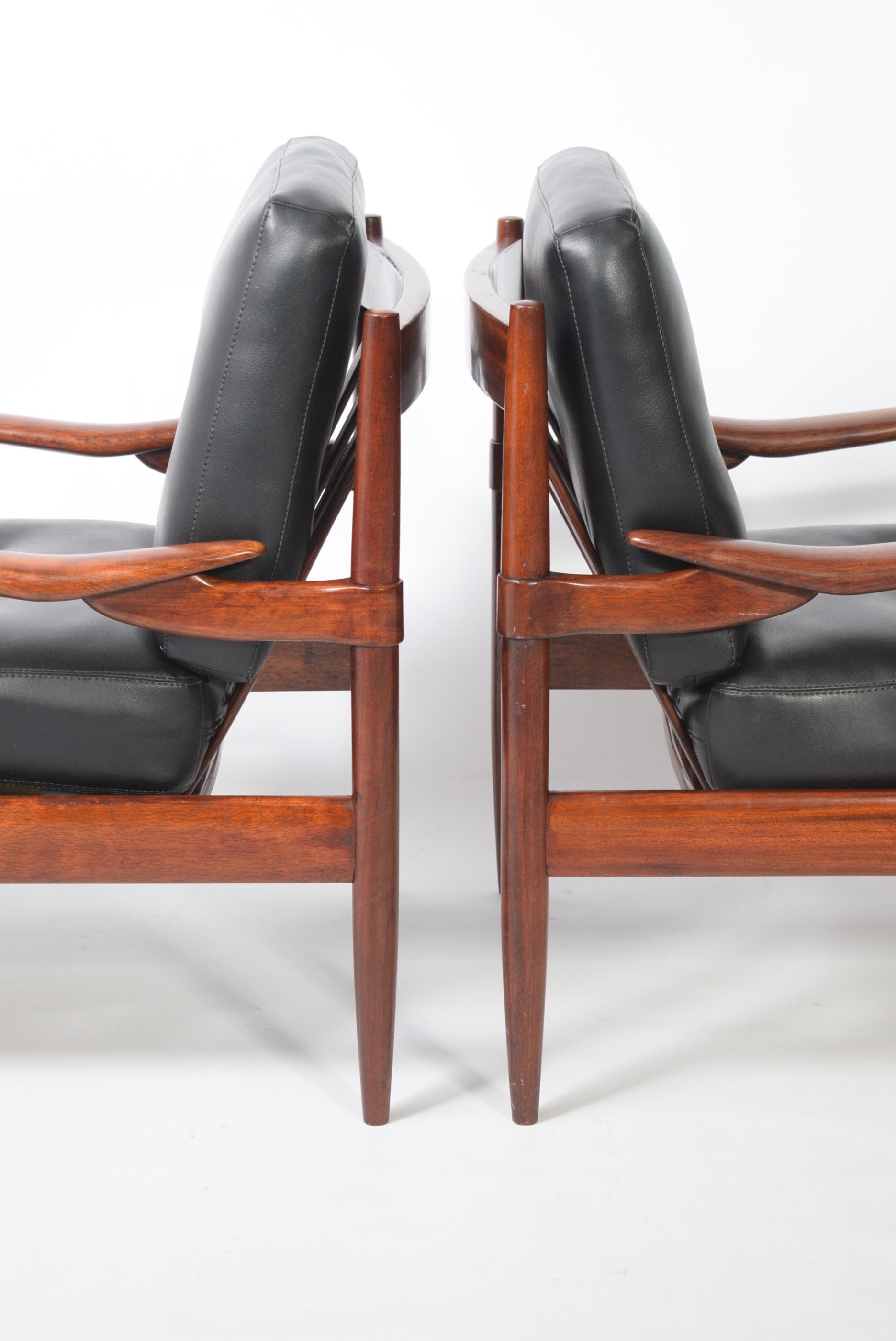 Set of 2 vintage easy chairs Danish design 1960s Design Market