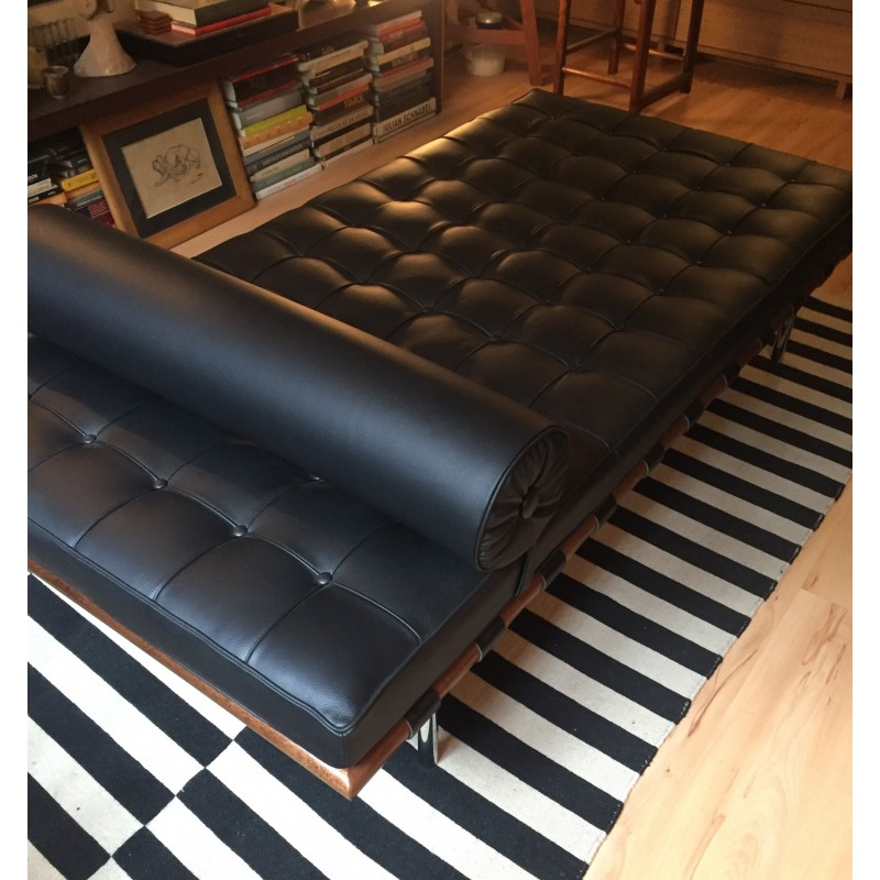 Knoll Barcelona Daybed In Black Leather By Mies Van Der Rohe