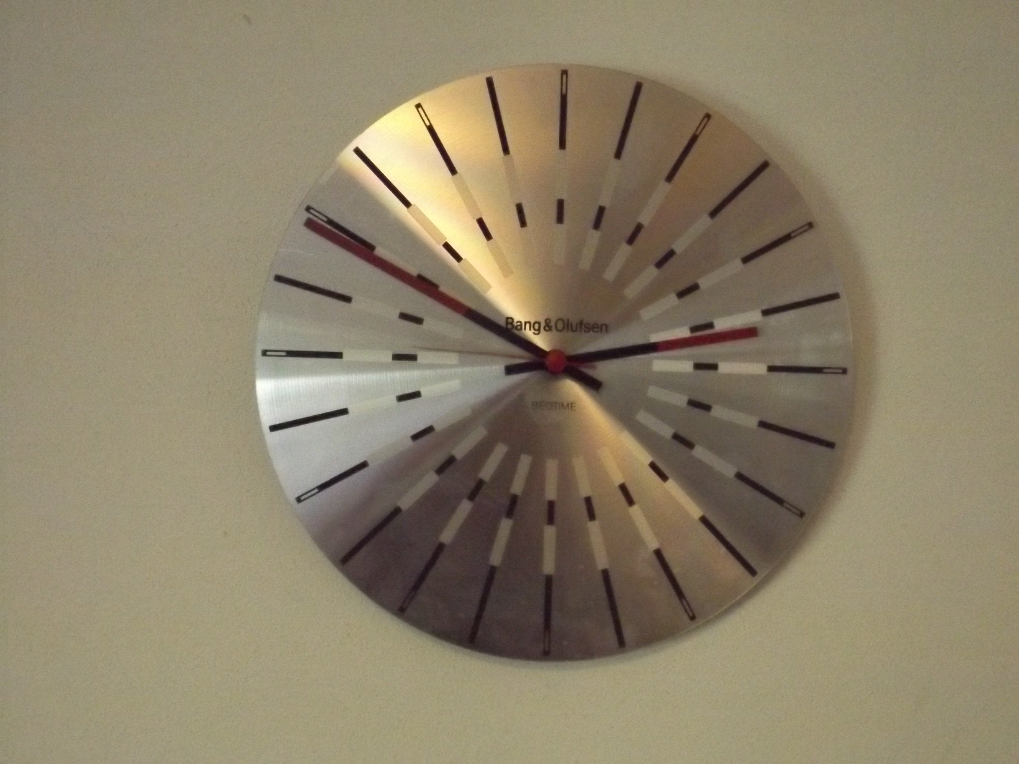 Beotime clock by Bang and Olufsen - 1970s