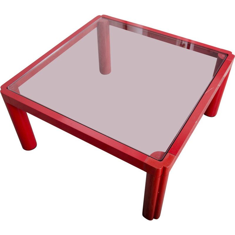 Red coffee table by Kho Liang Le for Artifort - 1970s