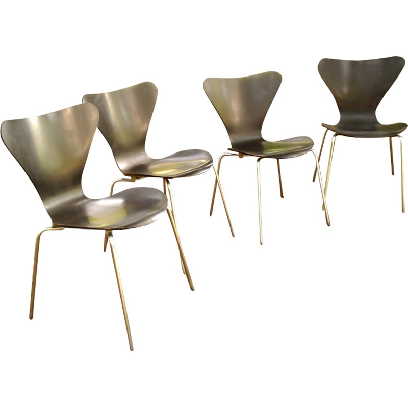 Set of 4 chairs by Arne Jacobsen for Fritz Hansen - 1960s