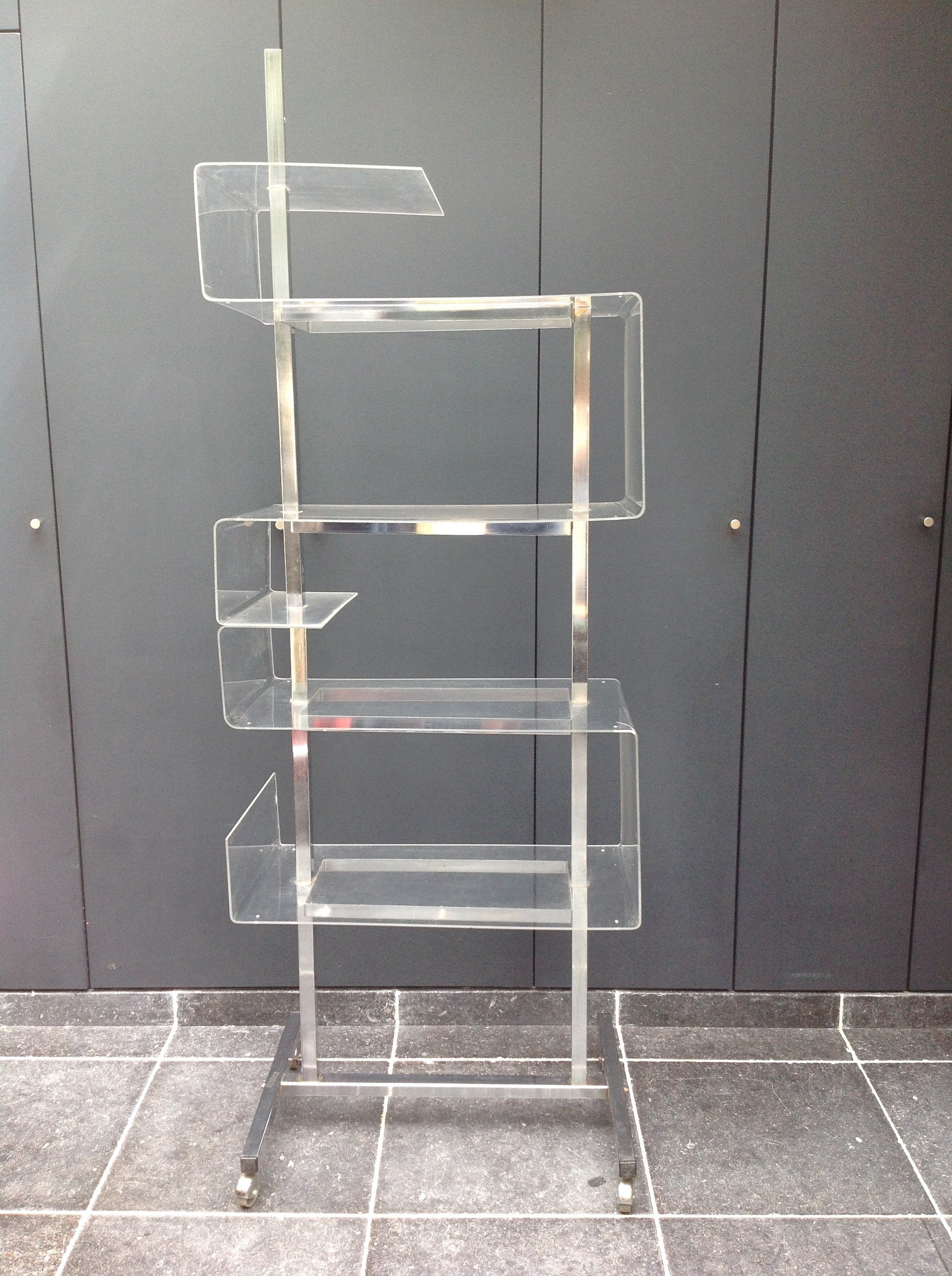 Shelf In Chromed Steel And Plexiglas 1970s Design Market # Etagere Vintage Plexiglas