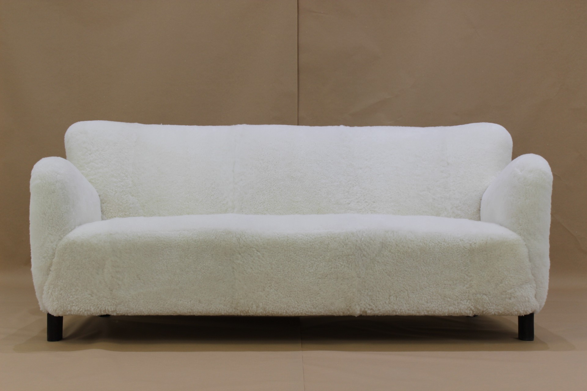 3 Seater vintage Sofa in Sheep Skin model 1669A by Fritz Hansen