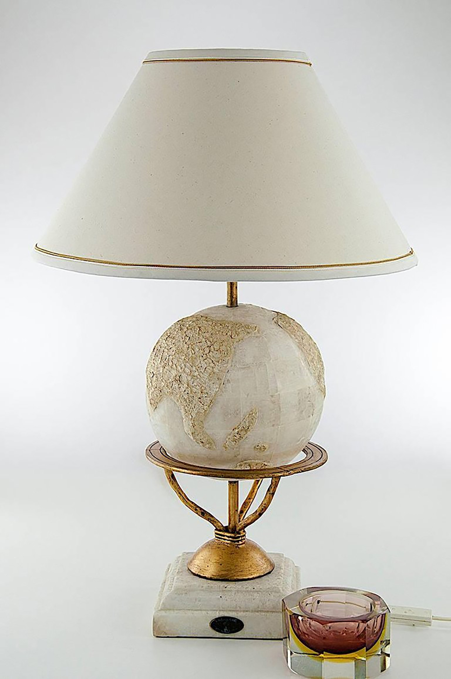 Large Round Nacre Table Lamp by