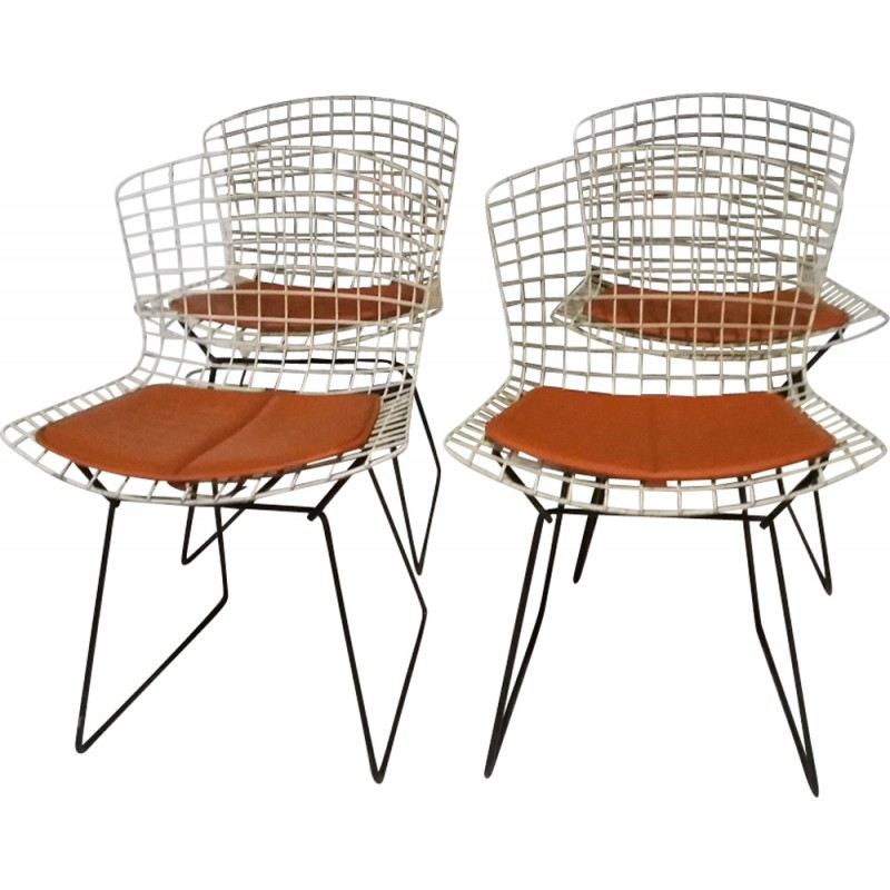 Set Of 4 Wire Chairs By Harry Bertoia, Knoll International Edition   1960s