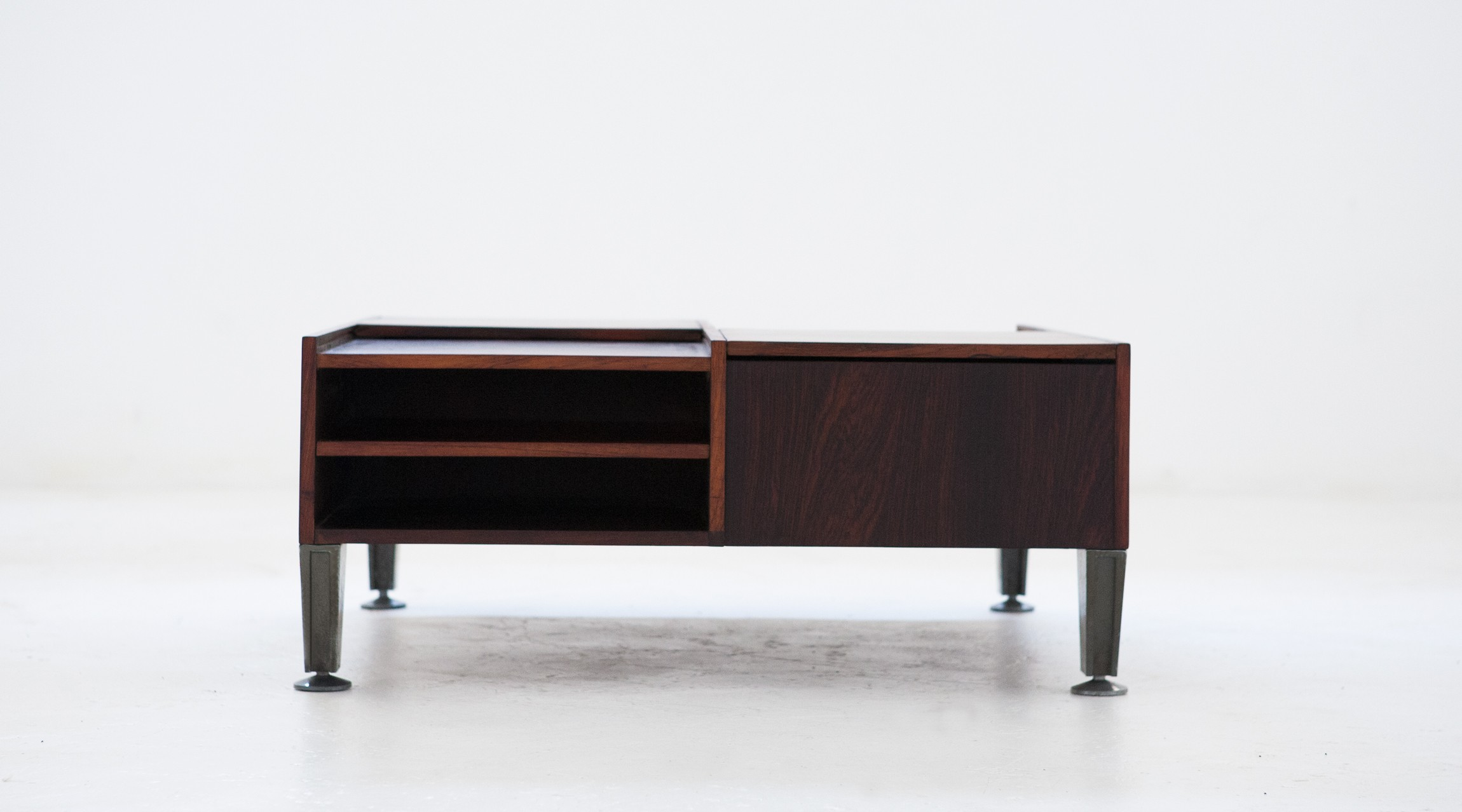 Multifunctional Italian Rosewood Coffee Table 1960s Design Market