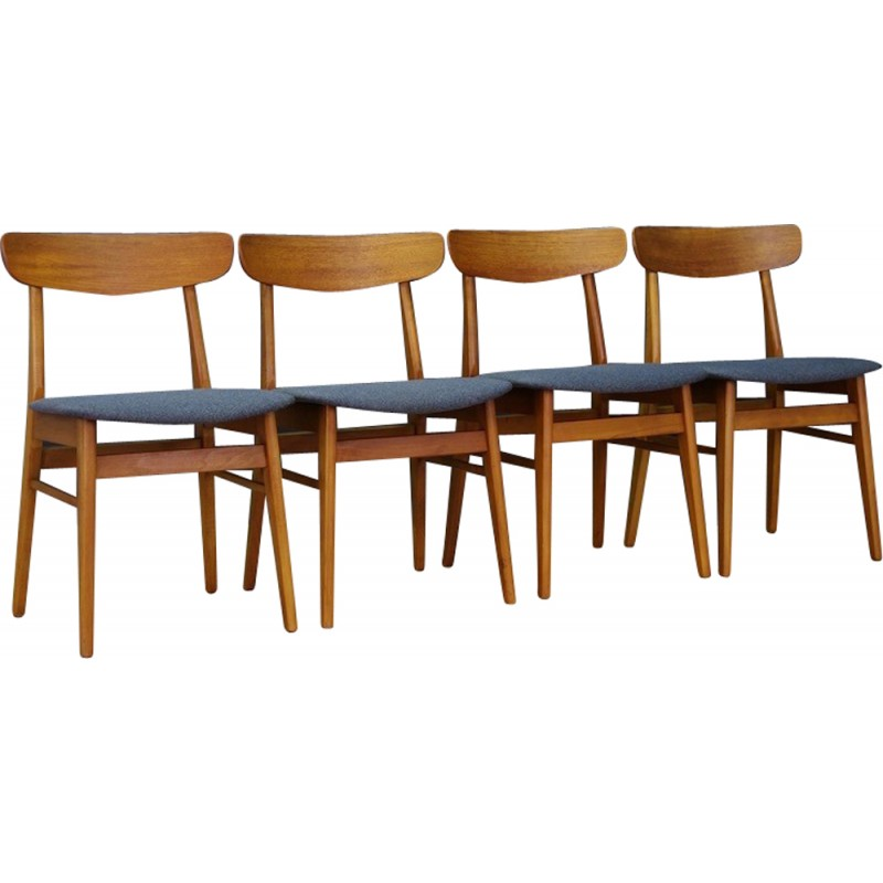 Beautiful Set Of 4 Vintage Danish Chairs In Teak And Fabric   1960s
