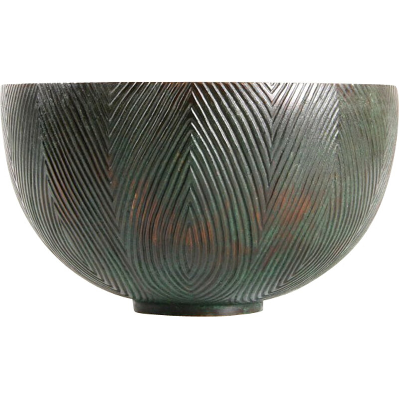 Bronze bowl wuth fluted patterns by Alex Salto - 1940s
