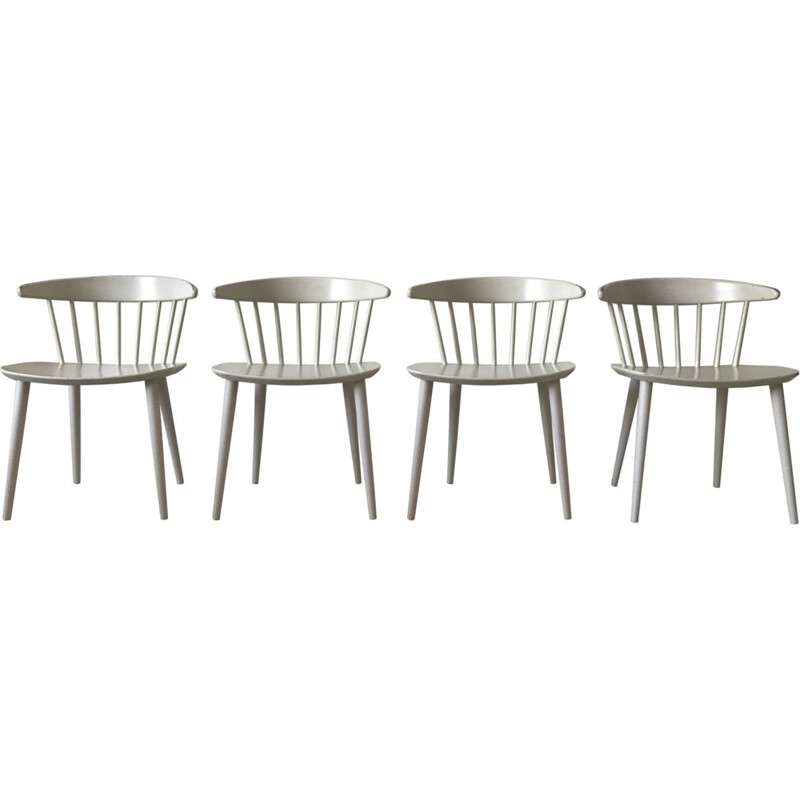 "Set of 4 white ""J104"" dining chairs by Jørgen Bækmark for FDB Møbler - 1960s"