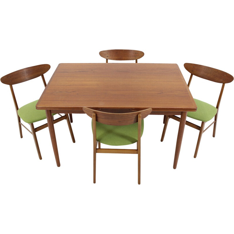 Set of 4 Danish Dining Chairs and Extendable Table - 1960s