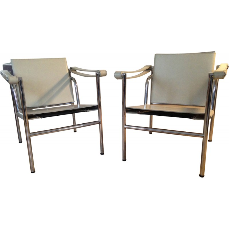Pair of armchairs LC1 by Le Corbusier and Charlotte Perriand - 1980s