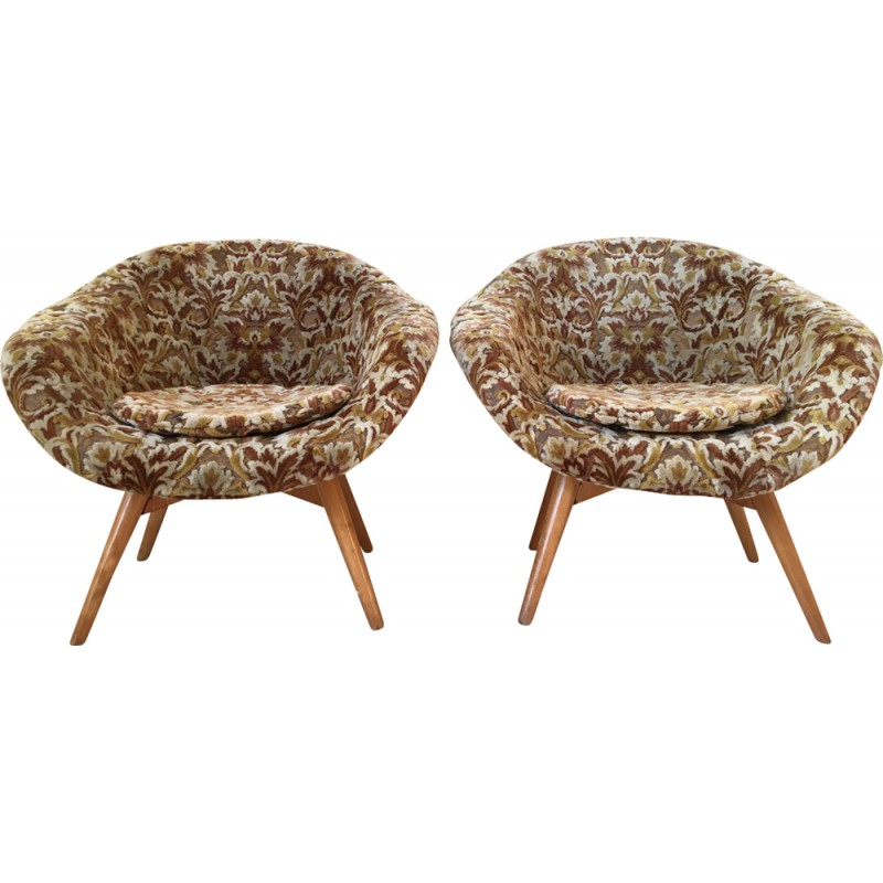 Set of 2 Baroque Style Bucket chairs by Miroslav Navrátil for Vertex ...