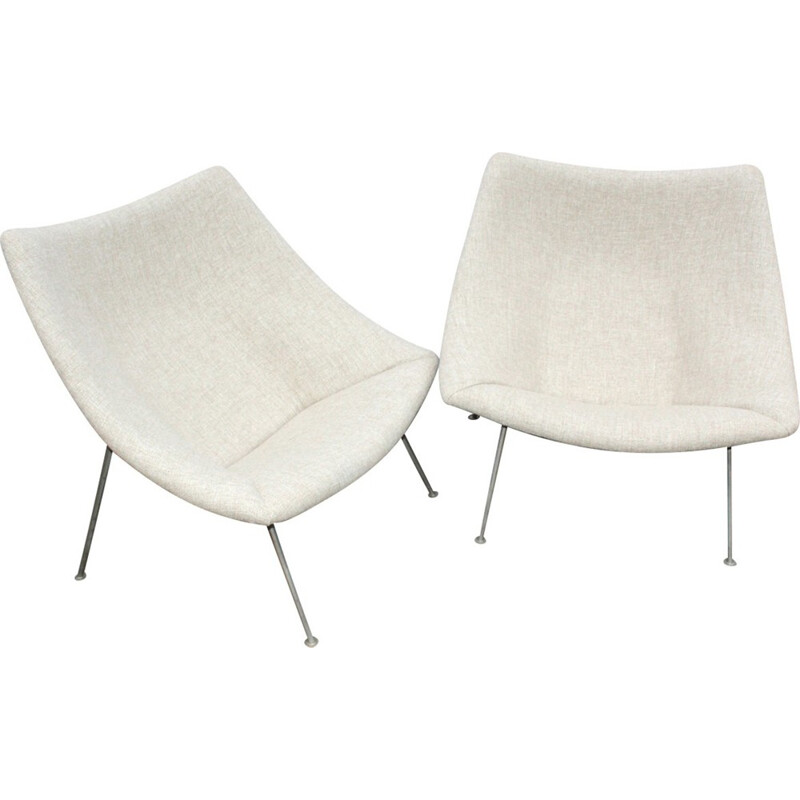 "Pair of ""Oyster"" low chairs by Pierre Paulin for Artifort - 1960s"