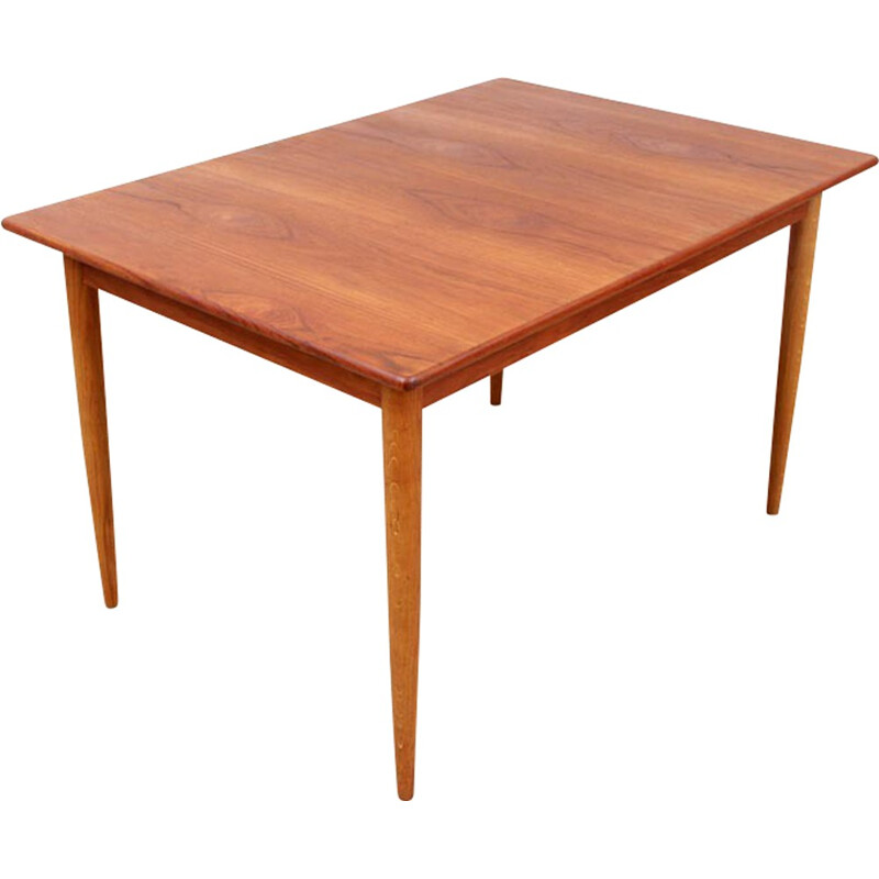Extendable dining table in teak and oak - 1950s