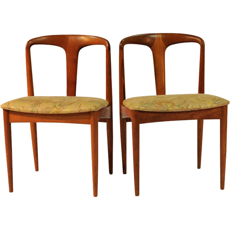 """Set of 6 """"Juliane"""" Dining Chairs by Johannes Andersen for Vamo - 1960s"""