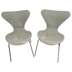 "Pair of chairs ""Seven"", Arne JACOBSEN - 2000"