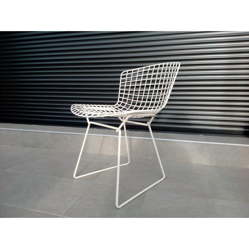 Vintage White Wire Chair By Bertoia For Knoll 1960s Design Market